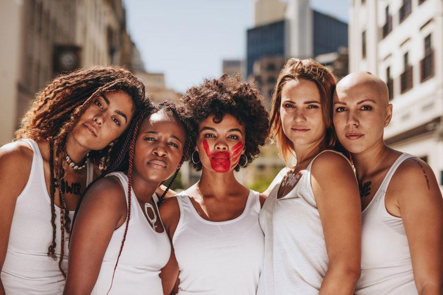 Femmes révoltées contre la violence